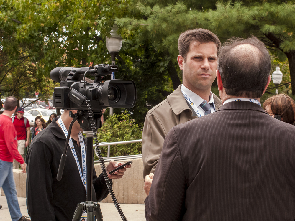 News media outlets cover the 2012 Presidential Debate near the Student Center.
