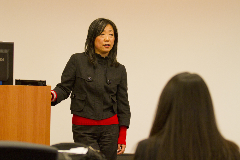 Fusae Nara delivers a lecture.