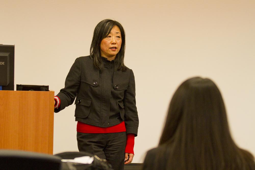 Fusae Nara delivers a lecture.