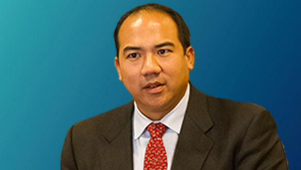 Julian Ku, Maurice A. Deane Distinguished Professor of Constitutional Law, Faculty Director of International Programs